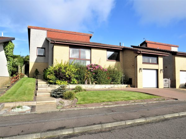 10 Greenwells Drive, Brightons FK2 0ST-sold november 2020
